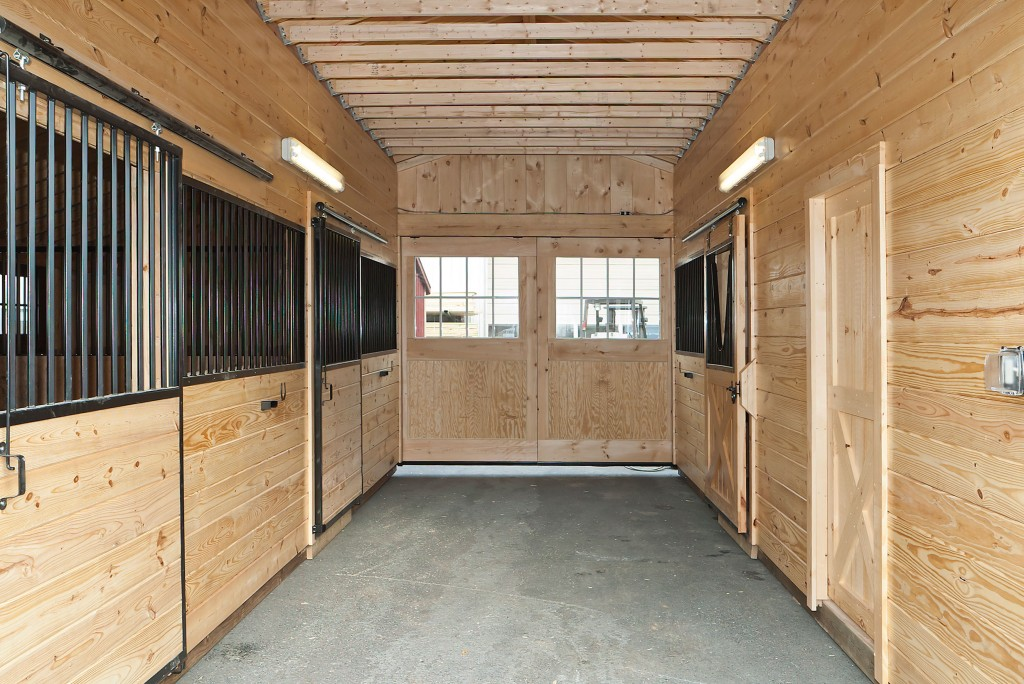 Amish Prefab Barns : Didan wooden shed details